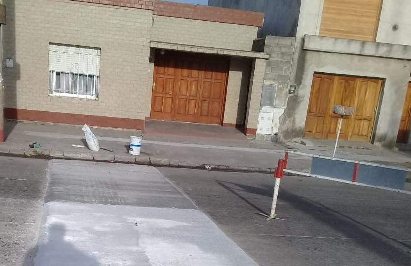 Demarcación vial de mesetas y sendas peatonales