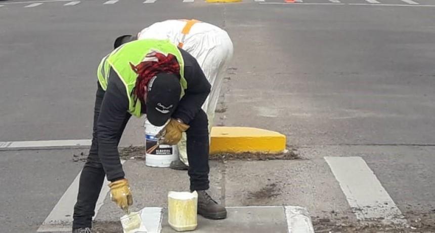 Trabajos de señalización en avenidas