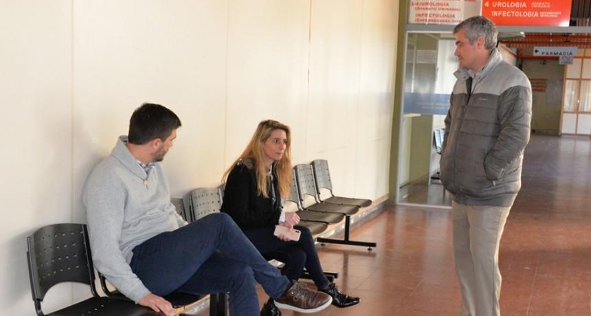 Más sillas que mejoran el confort durante la espera en el Hospital Municipal