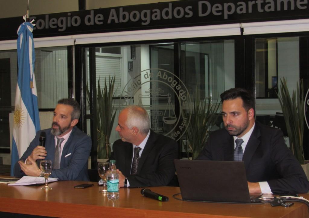 Jáuregui presentó el 'orden de mérito' para la elección de magistrados
