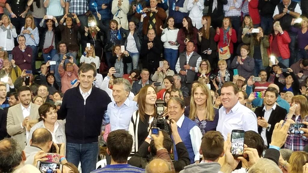 Macri y Vidal en Olavarría, como candidatos
