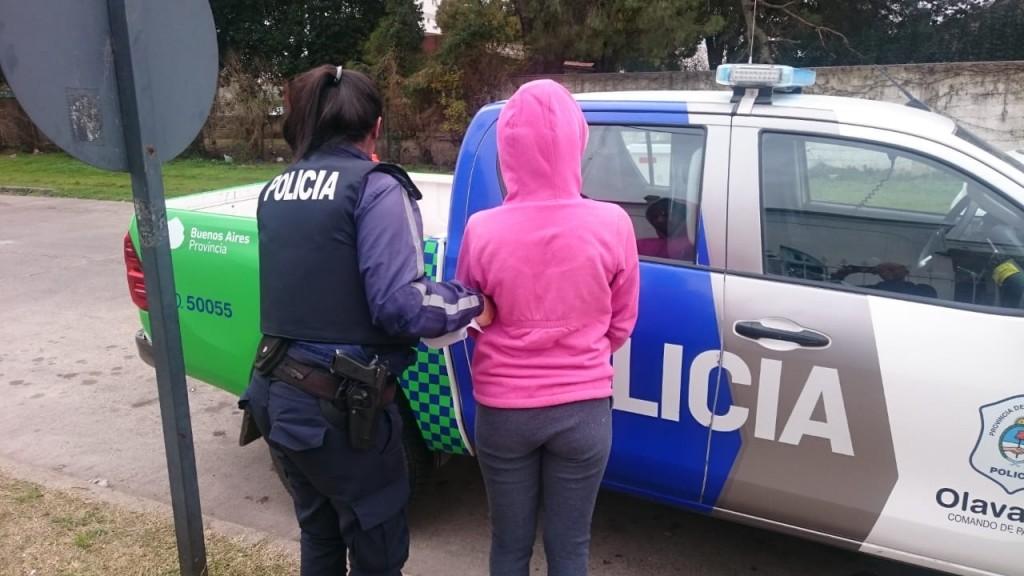 Por 'Desobediencia' aprehendieron a una joven mujer
