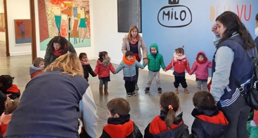 Dejá Vu: visitas guiadas a la muestra de Milo Lockett en el Centro Cultural