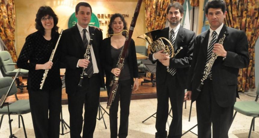 El Quinteto Municipal Vientos de Olavarría se presenta en San Nicolás de los arroyos