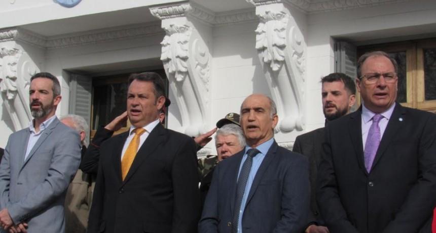 El senador Jáuregui recorrió la Séptima Sección