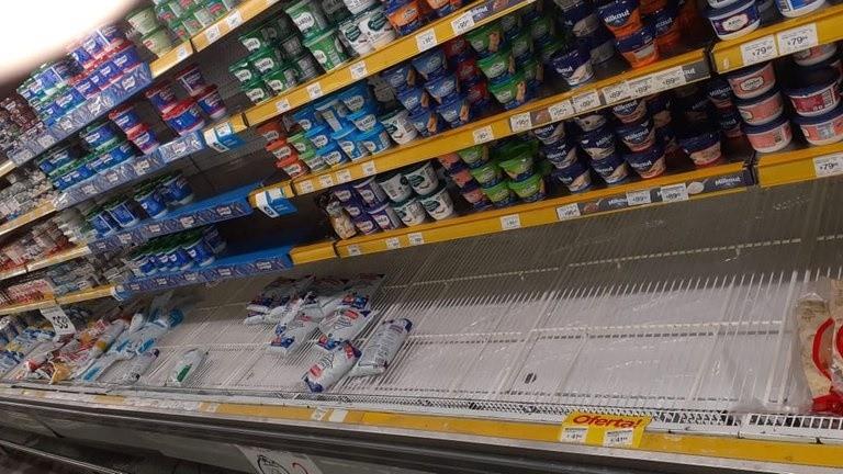 Sin leche en las góndolas: por un conflicto gremial, continuará el desabastecimiento de lácteos frescos hasta mitad de semana