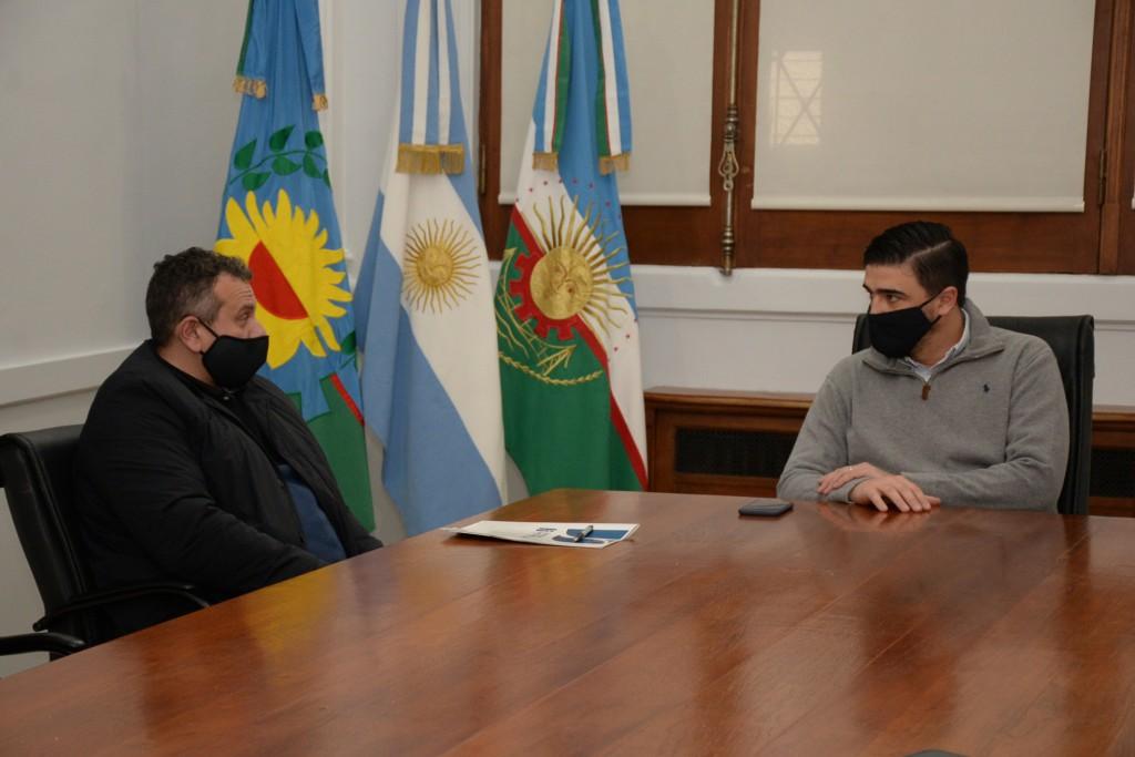 Ezequiel Galli recibió a la comisión directiva de la Unión Industrial