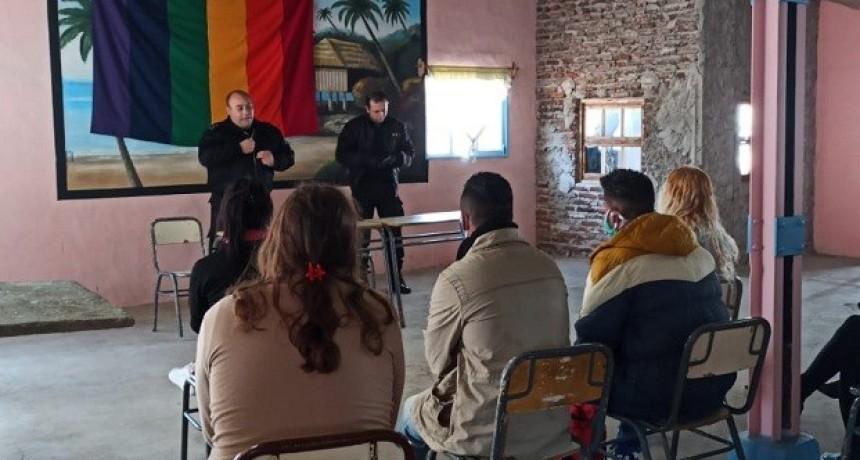 La comunidad Trans de la Unidad Nº 2 festejó el Día Internacional del Orgullo
