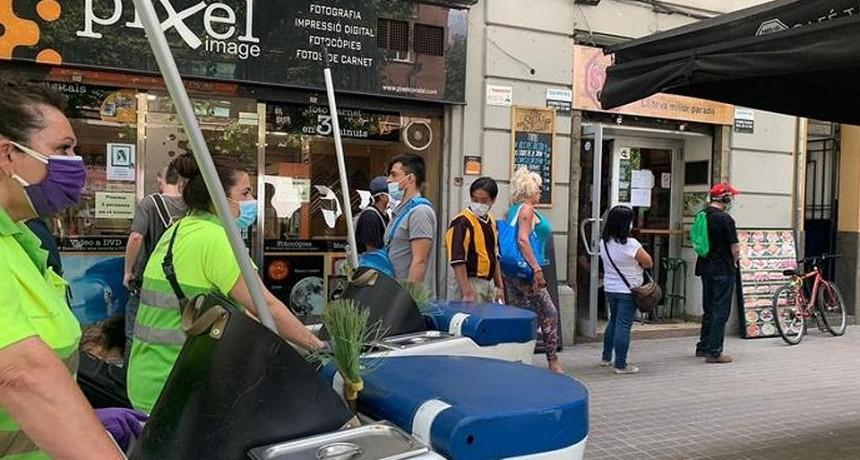 El uso obligatorio de barbijo se extiende en España ante los nuevos brotes