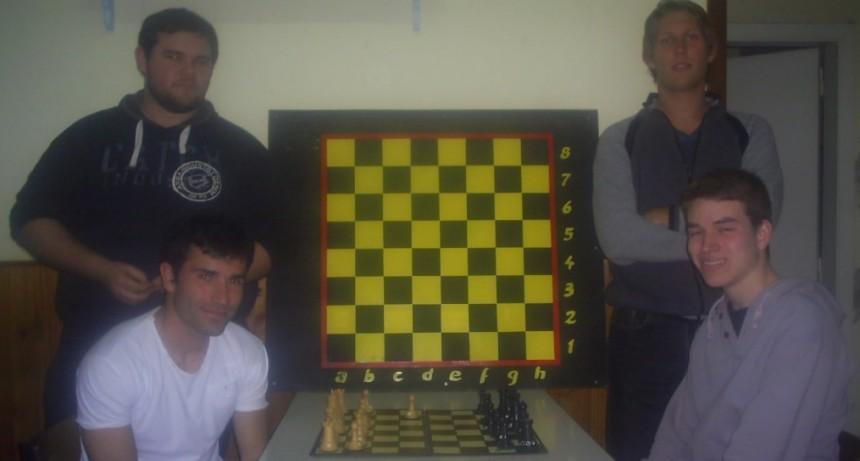 Olavarrienses en la Copa Online Chesscovid