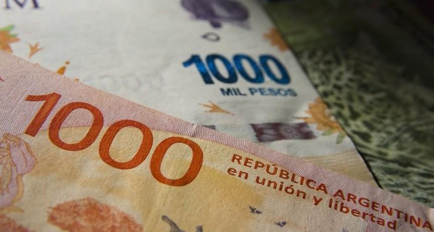 Para contener el dólar, el Banco Central volvió a subir la tasa mínima para los plazos fijos en pesos