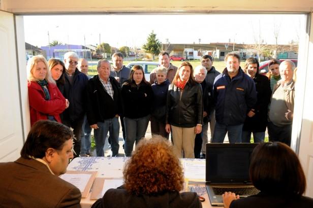 700 vecinos se beneficiarán con el pavimento en el Barrio UOCRA