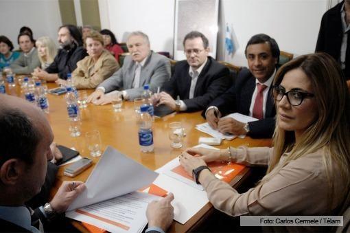 El gobierno bonaerense y los docentes continuarán el diálogo sin paros
