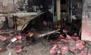 Un año del atentado al comité de la UCR de Olavarría.