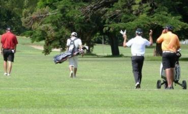 Golf. Victoria de Néstor Leiva