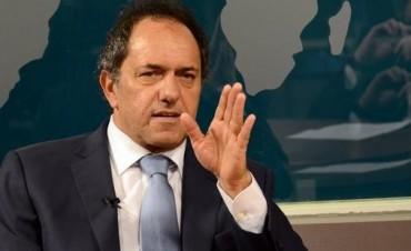 """El gobernador Scioli dijo que la situación laboral """"está estable"""" en la Provincia"""