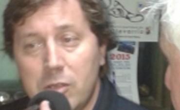 Guillermo Santellán visitó los estudios de la 98.7 FM Cristal