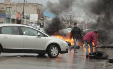 Protesta de vecinos en Sarmiento y Pellegrini