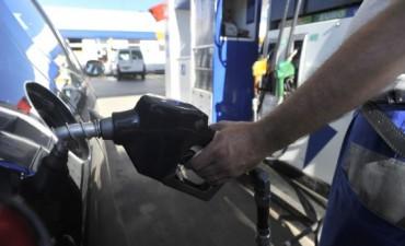 La nafta subió desde este lunes 2,5%, el aumento más fuerte en casi dos años