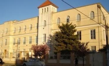 Reciben donaciones para remate solidario del Colegio Santa Teresa