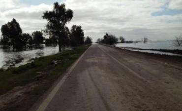 Rutas bonaerenses : anegamientos y cortes en algunos tramos