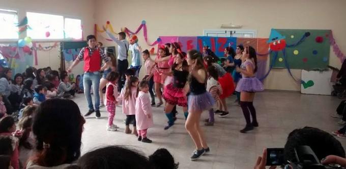 La Callejeada Sierra Chica y el Jardín 926 celebraron el Día del Niño
