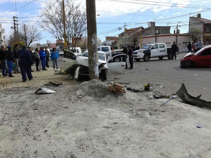 Accidente en Avenida Colón y Lamadrid