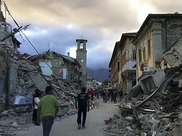 Italia: 'La densidad poblacional es mayor que en las zonas sísmicas de Argentina'