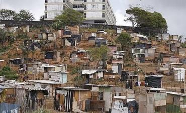 Más de 3 millones de personas viven con déficit habitacional