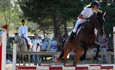 Tercera fecha del Federal de equitación en Estudiantes