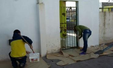 Barrio AOMA: trabajos de pintura en el Jardín N° 928
