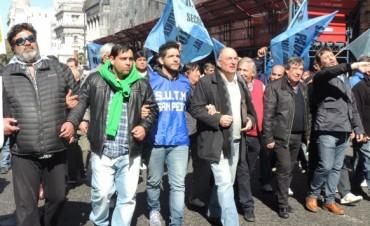 Fuerte manifestación de los municipales de la provincia