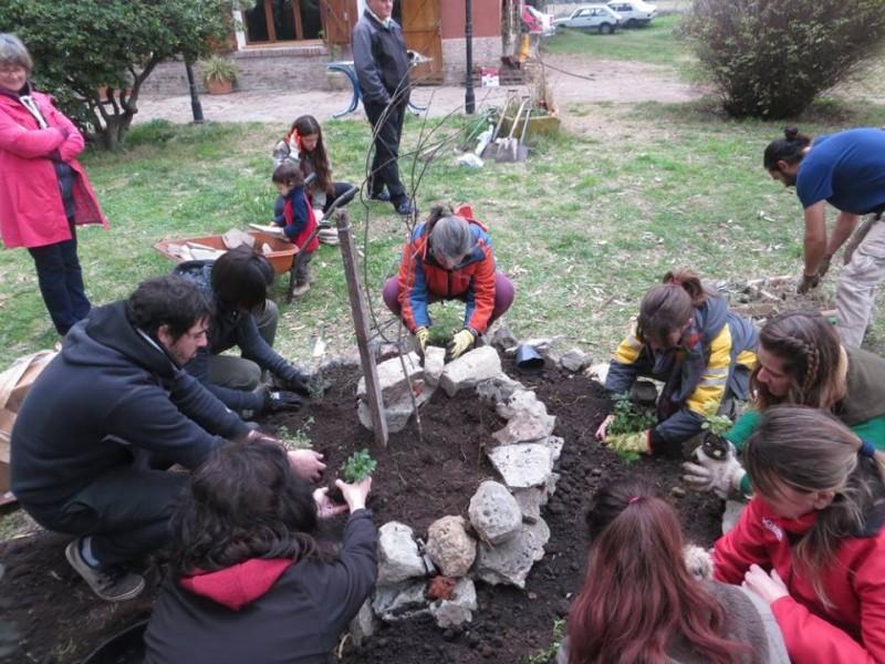 Desarrollo Sustentable: se realizó el taller de Huerto en Espiral