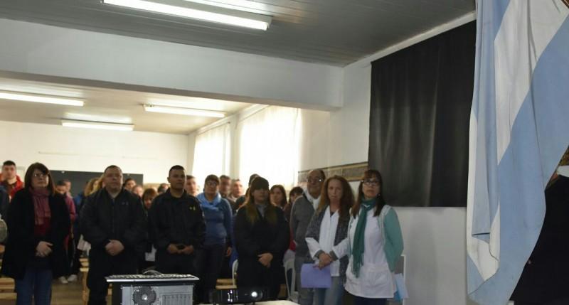 Acto centralizado por el recordatorio a San Martín en la Unidad Nº2