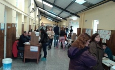 Las PASO en marcha: en Olavarría se desarrolla con tranquilidad