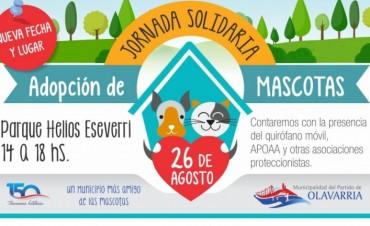 Adopción de mascotas en el Parque Helios Eseverri
