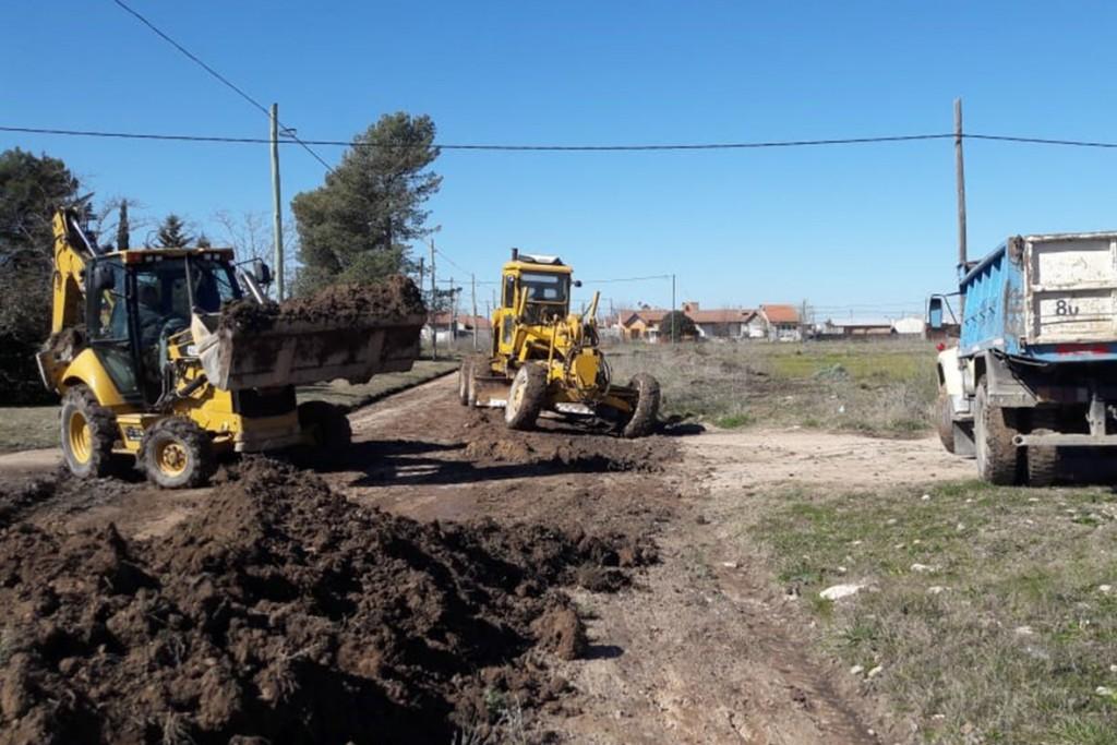 En Villa Aurora Sur y Los Sauces se realiza el mantenimiento de calles