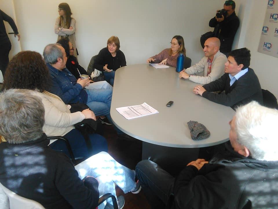 Reunión en el Concejo y abrazo por la Estación El Provincial