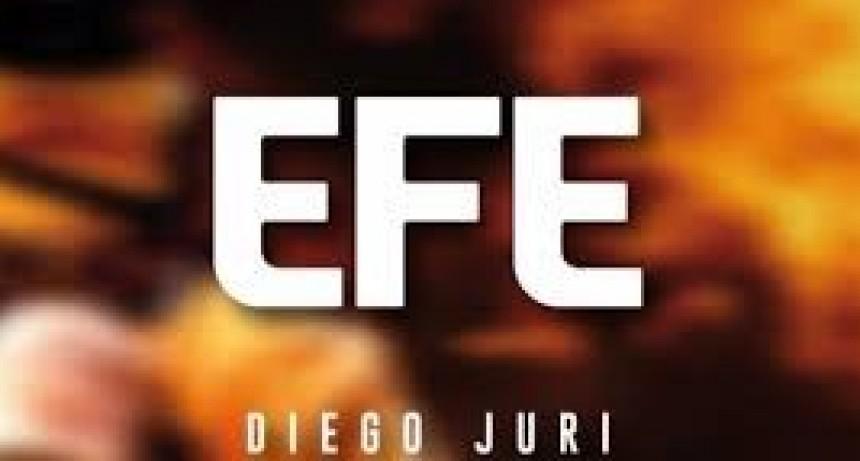 Se presenta el libro EFE, sobre fuegos y explosiones
