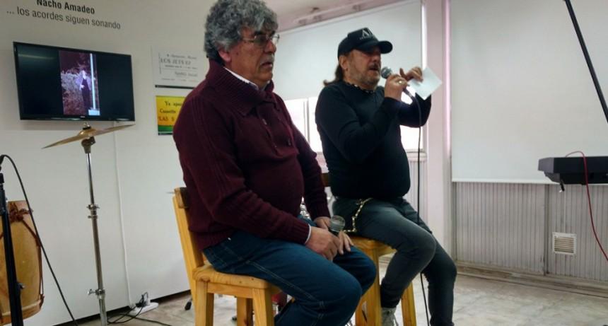 """Se inauguró la muestra """"Nacho Amadeo…los acordes siguen sonando"""""""