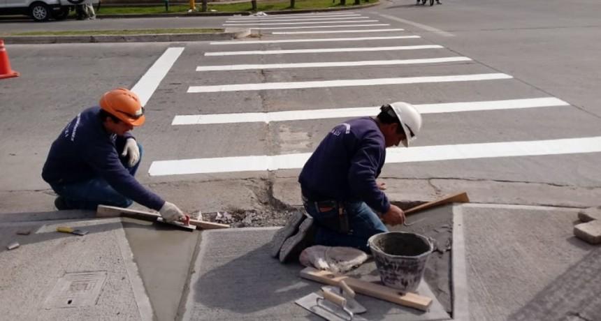 Demarcación de sendas y colocación de tachas