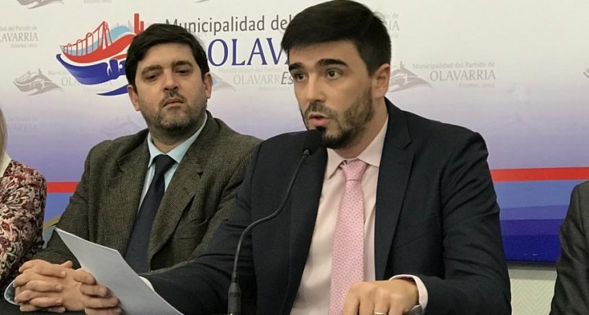 Municipales: El intendente firmó por decreto un aumento del 18% retroactivo a mayo