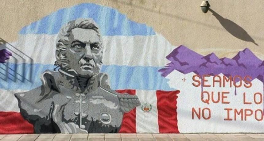 Sierras Bayas rinde homenaje a San Martín con un mural interactivo