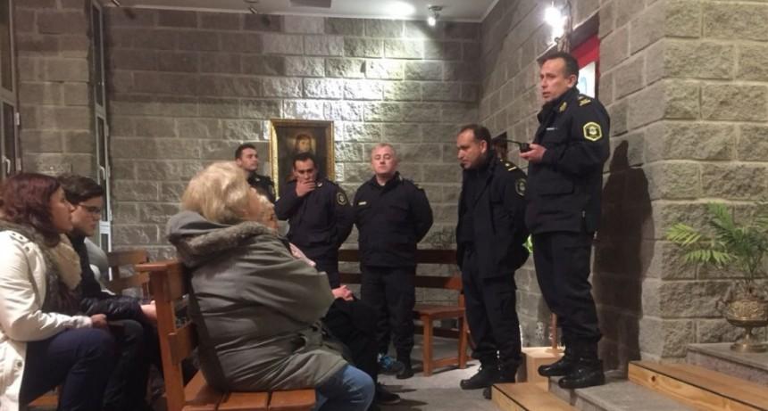 Autoridades policiales se encontraron con los vecinos del Educadores