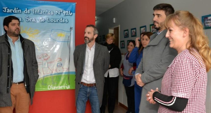 El intendente Galli visitó el Jardín de Infantes Nº 926