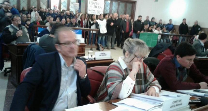 Con la presencia de vecinos sesionó el Concejo Deliberante: todos los expedientes fueron aprobados por unanimidad