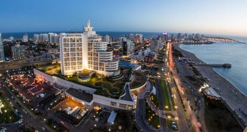 Uruguay volverá a descontar el IVA a los turistas para atraer argentinos este verano