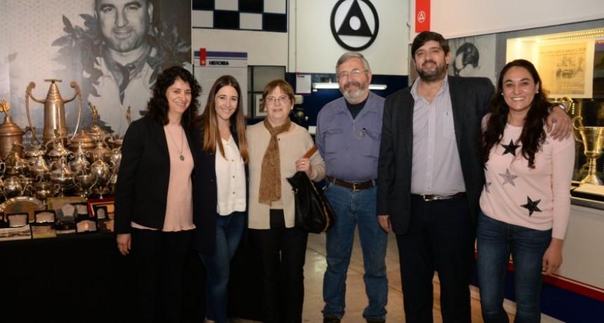 El Museo Emiliozzi recibió nuevas piezas de los ídolos máximos del Turismo Carretera