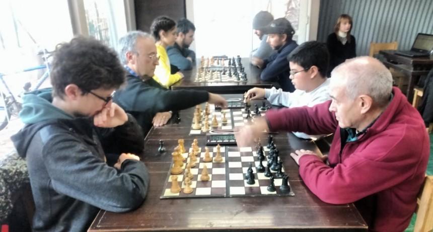 Ajedrez: Alan Pedreira Ganó la Cuarta