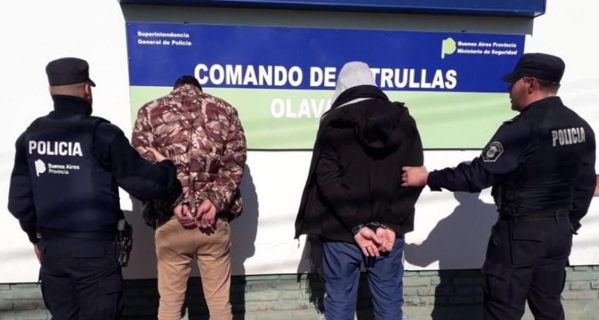 Dos aprehendidos en control policial